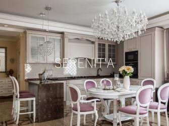 Фотографии реализованного дизайн-проекта дома в классическом стиле.